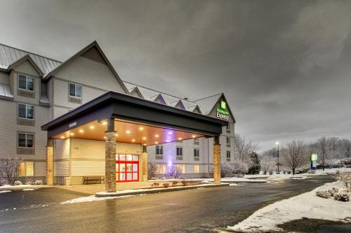 Holiday Inn Express & Suites - Lincoln East - White Mountains, an IHG hotel - Hotel - Lincoln