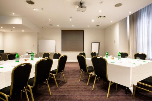 Holiday Inn Darling Harbour - image 4