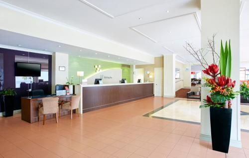 Holiday Inn Darling Harbour - image 12