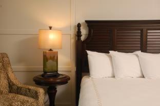 Riverside Hotel - image 14