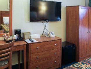 JFK Inn - image 10