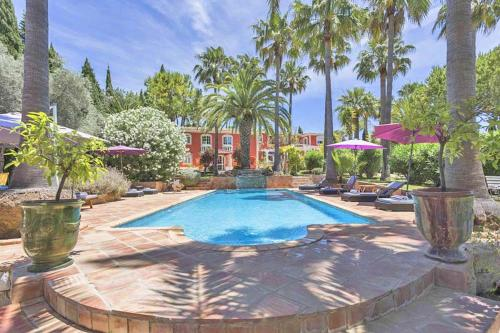 Almancil Villa Sleeps 10 Pool Air Con