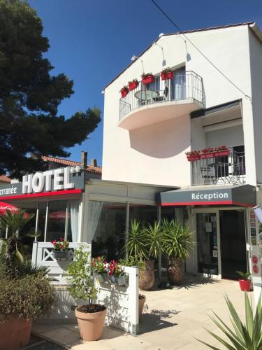 Hôtel Le Méditerranée - Hôtel - Hyères