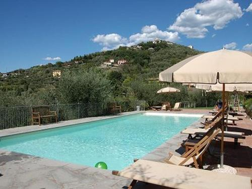. Castelnuovo Magra Apartment Sleeps 4 Pool T313040