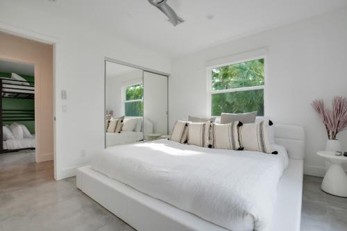 New Listing! Villa Valija w/ Private Pool & Spa home Main image 2