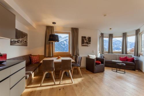 Apart-Hotel Dreisonnenhof - Fiss