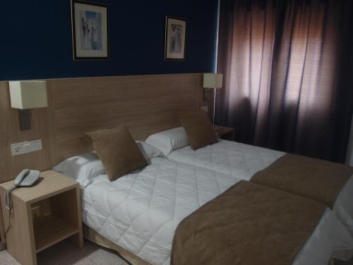 . Hotel Catalán Puerto Real