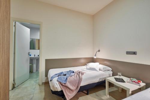 Hotel Barcelona Sants Station Apartments (Barcelona) desde ...