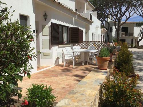 Vale Do Lobo Villa Sleeps 6 Air Con Wifi