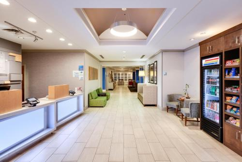 Holiday Inn Express Hotel & Suites Dublin - Dublin, GA GA 31021