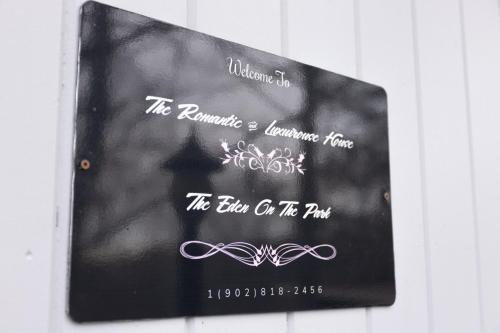 The Romantic & Luxurious House - Halifax, NS B3P 1B1