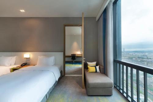 . Holiday Inn Express Shenzhen Songgang, an IHG Hotel