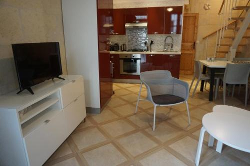 Maison Typiquement Arlésienne - Location saisonnière - Arles