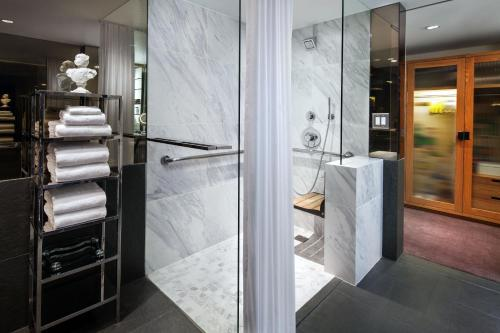 SLS Hotel a Luxury Collection Hotel Beverly Hills - Los Angeles, CA CA 90048
