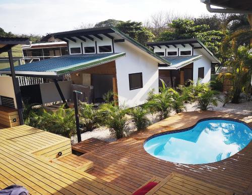 Santeria Lodge En Playa Santa Teresa Costa Rica Opiniones