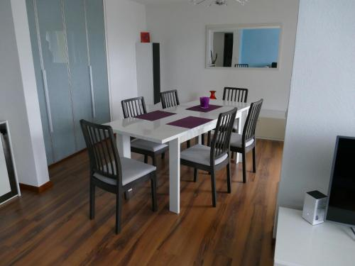 Helles Appartement in Seenahe