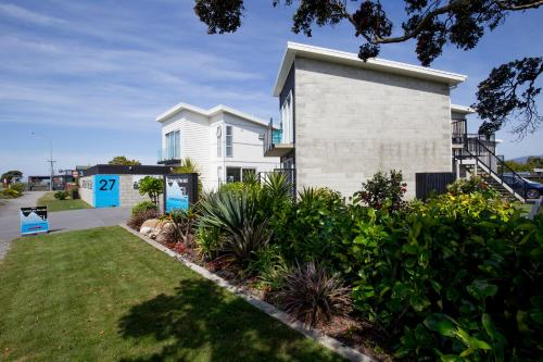 Carters by the Sea Beachside Apartments - Accommodation - Westport