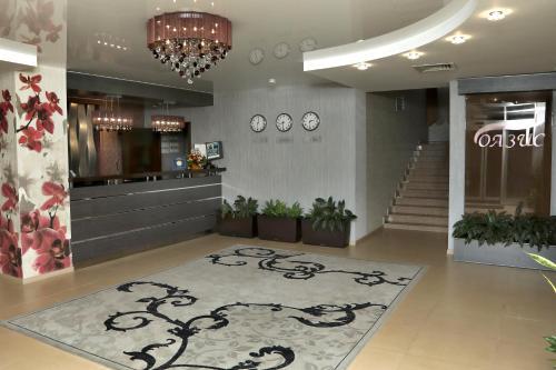 Oasis Zip Hotel