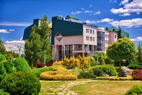 . Platium Spa&Resort