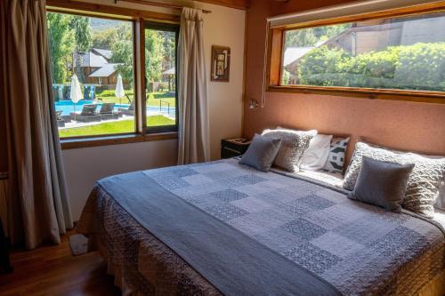 Guardianes Del Bayo - Accommodation - Villa La Angostura