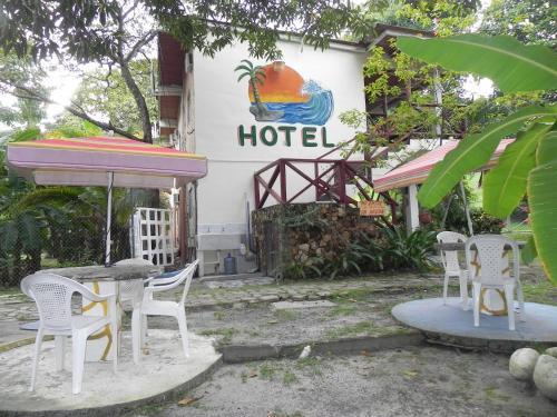 . Hotel Palmar Surf Camp & School