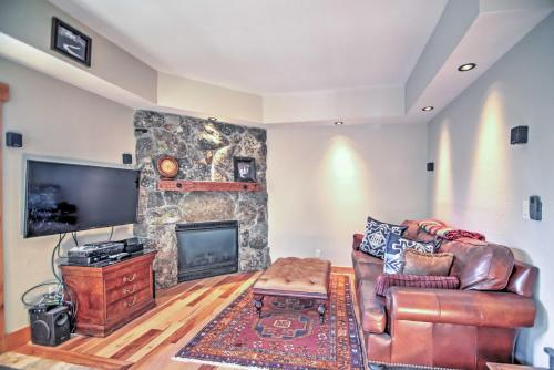 Stateline Condo Less Than 1 Mi to Boulder Lodge at Heavenly Main image 2