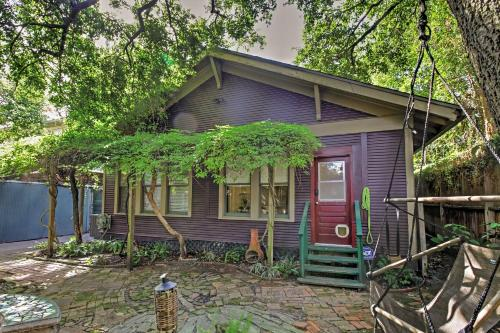 Quaint Houston Hideaway with Yard Less Than 3 Mi to Downtown - image 3