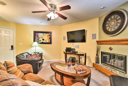 Sleek Apartment in Heart of Denver Tech Center! - Englewood