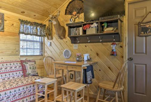 Cozy Cumberland Cabin in the Allegheny Mountains! - Hotel - Cumberland