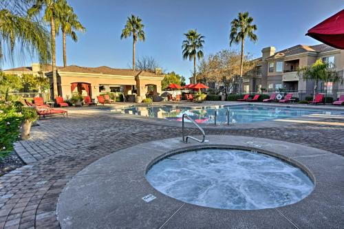 Ground-Floor Poolside Mesa Condo with Luxe Amenities - Apartment - Mesa