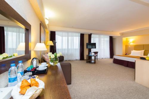 Sea Galaxy Hotel Congress & Spa Номер-студио
