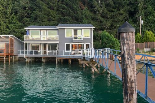 Waterfront 3BR Home on 'Gold Coast' of Hood Canal! - Union