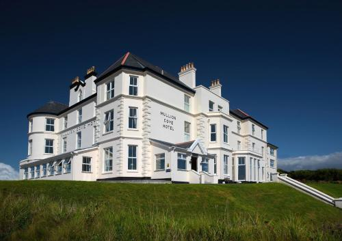 . Mullion Cove Hotel & Spa