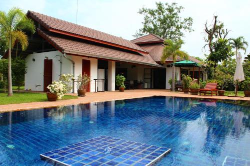 Luxury Villa near Chiang Mai Luxury Villa near Chiang Mai