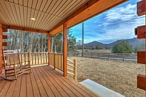 Quiet Shenandoah Cabin with Porch and Pastoral Views! - Shenandoah