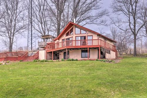 Family Home with Hot Tub - 2 Minutes to Swain Resort! - Swain