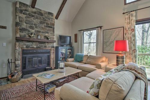 Cozy Wintergreen Cabin Near Mountain Inn & Slopes! - Hotel - Wintergreen