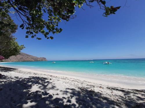 Scar Reef Resort, Sumbawa Barat