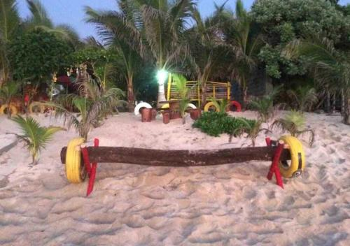 Theo's Beachfront Cottages, Bolinao