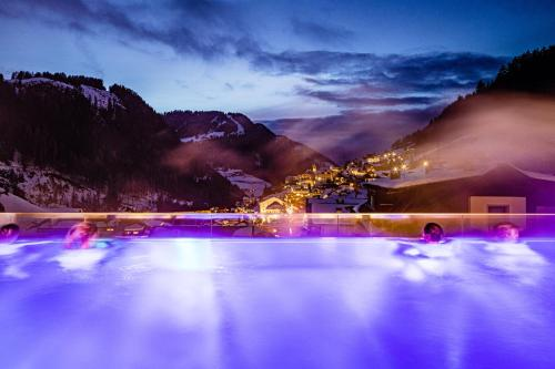 Hotel Touring Dolomites St. Christina - Grödental