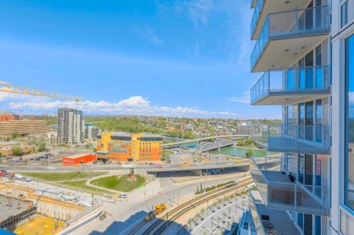 Calgary SE 4 St Apartment - Calgary, AB