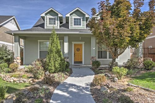 Luxe Home with Pool Access 9 Mi to Downtown Boise! - Eagle