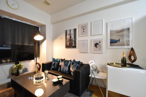 Charming Tokyo Apartment with Private Balcony, Shibuya