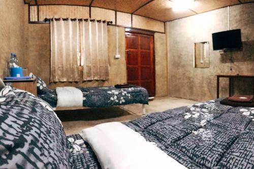 ภูไม้ใบ รีสอร์ต (Phumhaibai Resort) ภูไม้ใบ รีสอร์ต (Phumhaibai Resort)
