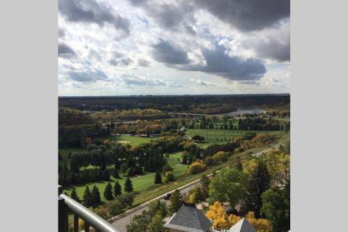 Edmonton NW 118 St Apartment - Edmonton, AB