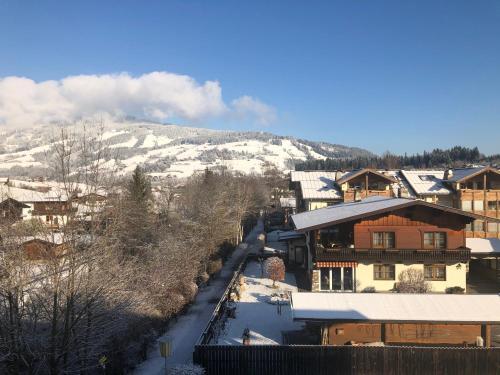 Haizelrock Kirchberg i. Tirol