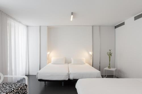 Familienzimmer mit Badewanne Moure Hotel 3
