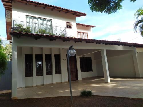 SOBRADO COM FÁCIL ACESSO A ROTA TURISTICA (Photo from Booking.com)