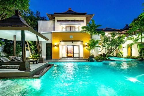 PhuTara Villa Pattaya No.16 (芭堤雅山水别墅16号) PhuTara Villa Pattaya No.16 (芭堤雅山水别墅16号)