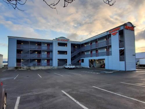 Aladdin Motor Inn - Accommodation - Port Townsend